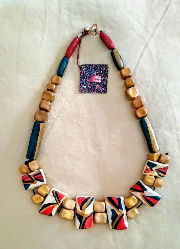 calabria, cosenza, collane in terracotta, gioielli artigianali, artigianato